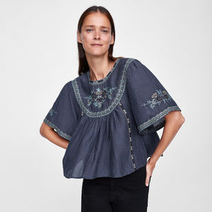 NWT Zara Embroidered Peasant Top
